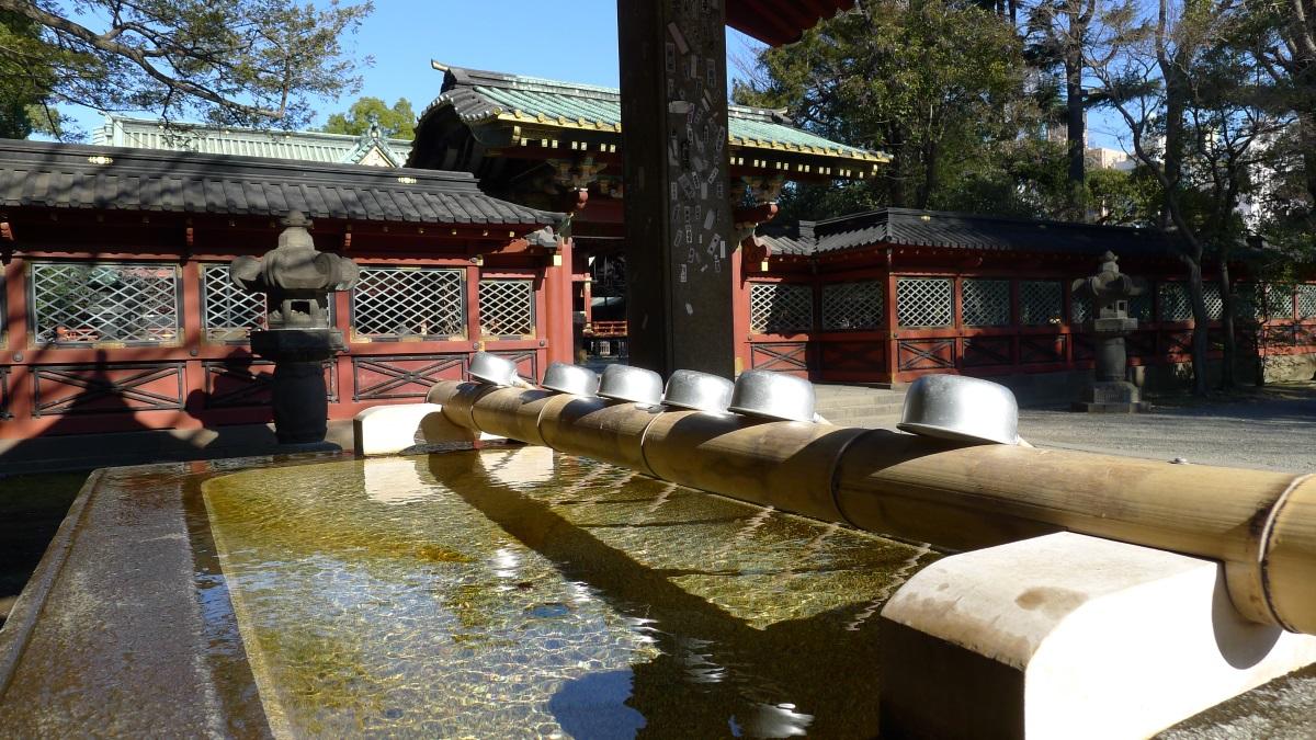 画像 根津神社の手水舎