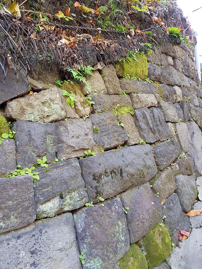 女坂の石垣